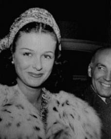 Margaret Lockwood photo taken during a signing session for her fans