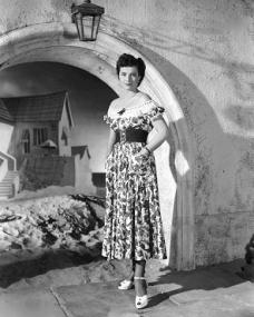 Photograph of Margaret Lockwood (182)
