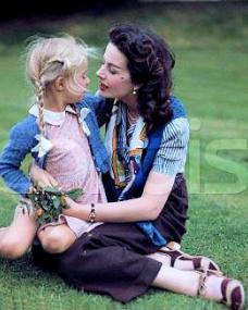 Margaret Lockwood and her 5-year-old daughter Julia Lockwood, who later followed her mother into show business, play outdoors