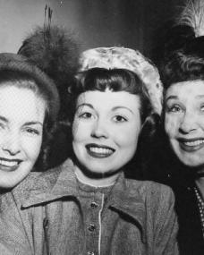 Photo of Patricia Roc with fellow actreses Hazel Court and Googie Withers