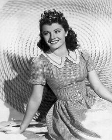Margaret Lockwood (as Mary Shaw) in a photograph from Rulers of the Sea (1939) (10)