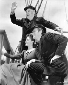 Will Fyffe (as John Shaw) in a photograph from Rulers of the Sea (1939) (26)