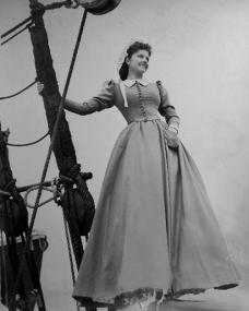 Margaret Lockwood (as Mary Shaw) in a photograph from Rulers of the Sea (1939) (34)