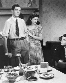 Michael Redgrave (as Davey Fenwick), Margaret Lockwood (as Jenny Sunley) and Emlyn Williams (as Joe Gowlan) in a photograph from The Stars Look Down (1940) (7)
