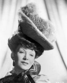 Photograph from Trottie True (1949) (1)