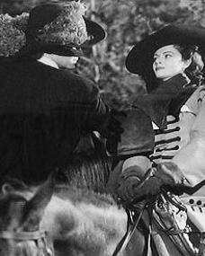 James Mason (as Capt Jerry Jackson) and Margaret Lockwood (as Barbara Worth) in a photograph from The Wicked Lady (1945) (1)