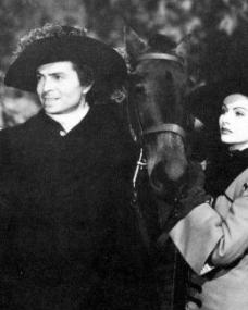 James Mason (as Capt Jerry Jackson) and Margaret Lockwood (as Barbara Worth) in a photograph from The Wicked Lady (1945) (21)