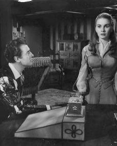 Stewart Granger (as Thomas Seymour) and Jean Simmons (as Young Bess) in a photograph from Young Bess (1953) (4)
