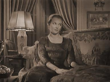 Joan Greenwood and Alec Guinness in a film clip from Father Brown