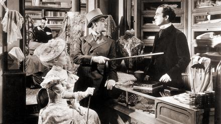 Photograph from Kind Hearts and Coronets (1949) (1)