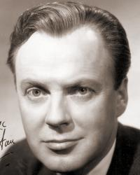 British actor Derek Farr wears a jacket and tie.  Picture is autographed 'To David Good luck, Derek Farr'