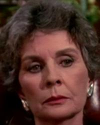 Photo from the 1989 'Mirror, Mirror, on the Wall: Part 1' episode of Murder, She Wrote (1984-1996) (1) featuring Jean Simmons