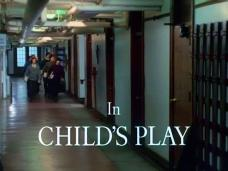 Child's Play (1972) opening credits (6)
