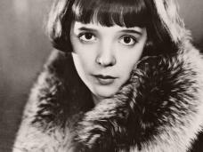 Photo of British actress, Jessie Matthews (1)