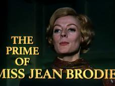 The Prime of Miss Jean Brodie (1969) opening credits (10)