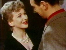 Joan Greenwood (as Rita Vernon) and Christopher Plummer (as Joe Sheridan) in a screenshot from Stage Struck (1958) (2)