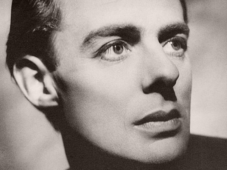Classical British actor, Alec Clunes, in a photograph by Welsh photographer Angus McBean