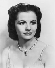 Margaret Lockwood (as Helene Ardouin) in a photograph from Alibi (1942) (8)