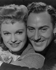 Anna Neagle (as Judy Howard) and Michael Wilding (as Lord Richard) in a photograph from Spring in Park Lane (1948) (1)