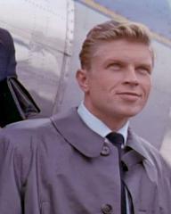 Screenshot from Bachelor of Hearts (1958) (1) featuring Hardy Krüger