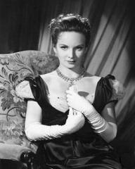 Joan Greenwood (as Lady Caroline Lamb) in a photograph from The Bad Lord Byron (1948) (3)