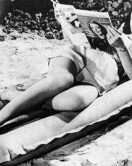 Margaret Lockwood (as Catherine Lawrence) in a photograph from Bank Holiday (1938) (2)