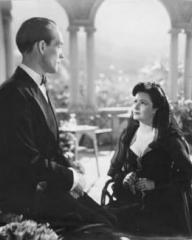 Barry K Barnes (as Ben Chaney) and Margaret Lockwood (as Bedelia Carrington) in a photograph from Bedelia (1946) (6)