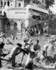 Photograph from Bhowani Junction (1956) (4)