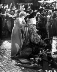 Photograph from Cardboard Cavalier (1949) (10)