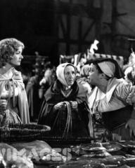 Photograph from Cardboard Cavalier (1949) (17)