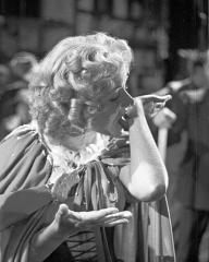 Photograph from Cardboard Cavalier (1949) (20)