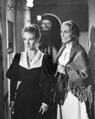 Joan Greenwood (as Wilhelmina Cameron) in a photograph from Flesh and Blood (1951) (5)