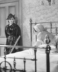 Margaret Lockwood (as Nurse Anne Graham) in a photograph from The Girl in the News (1940) (15)