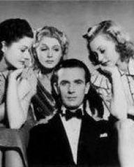 Margaret Lockwood (as Leslie James), Renée Houston (as Gloria Lind), Hugh Sinclair (as Earl of Pangborough) and Lilli Palmer (as Clytie Devine) in a photograph from A Girl Must Live (1939) (2)