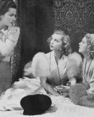 Margaret Lockwood (as Leslie James), Lilli Palmer (as Clytie Devine) and Renée Houston (as Gloria Lind) in a photograph from A Girl Must Live (1939) (9)