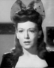 Jean Kent (as Gwen Rawlings) in a screenshot from Good-Time Girl (1948) (5)