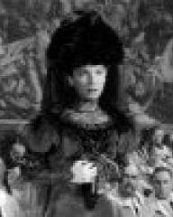 Screenshot from Kind Hearts and Coronets (1949) (1)