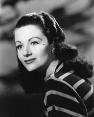Margaret Lockwood (as Lucy) wears a stripy top in a photograph from The White Unicorn (1947) (97)