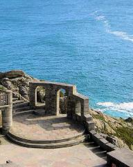 Overlooking the Cornish cliffs, the open-air Minack Theatre near Porthcurno, Cornwall.  Used as as backdrop in Love Story (1944).