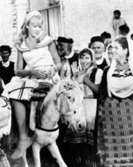 Hayley Mills (as Nikky Ferris) in a photograph from The Moon-Spinners (1964) (6)