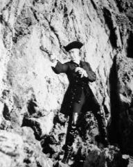 Stewart Granger (as Jeremy Fox) in a photograph from Moonfleet (1955) (5)