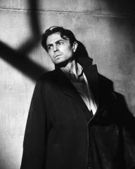 James Mason (as Johnny McQueen) in a photograph from Odd Man Out (1947) (1)