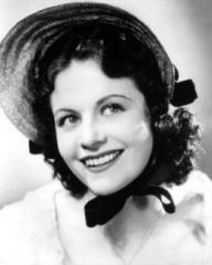 Margaret Lockwood (as Jeannie McAdam) in a photograph from Owd Bob (1938) (1)