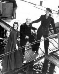 Margaret Lockwood (as Mary Shaw), Will Fyffe (as John Shaw) and Douglas Fairbanks Jr (as David 'Davie' Gillespie) in a photograph from Rulers of the Sea (1939) (4)