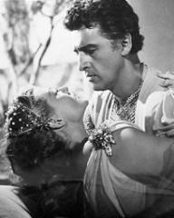 Rita Hayworth (as Princess Salome) and Stewart Granger (as Commander Claudius) in a photograph from Salome (1953) (4)
