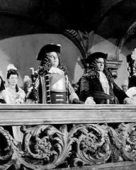 Joan Greenwood (as Sophie Dorothea) and Frederick Valk (as The Elector Ernest Augustus) in a photograph from Saraband for Dead Lovers (1948) (4)