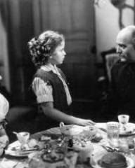 Margaret Lockwood (as Vicky Standing) and Shirley Temple (as Susannah Sheldon) in a photograph from Susannah of the Mounties (1939) (5)