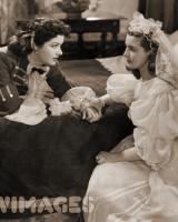 Margaret Lockwood (as Barbara Worth) and Patricia Roc (as Caroline) in a photograph from The Wicked Lady (1945) (31)