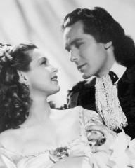 Patricia Roc (as Caroline) and Griffith Jones (as Sir Ralph Skelton) in a photograph from The Wicked Lady (1945) (45)