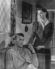 Photograph of The Years Between (1946) (1) featuring Michael Redgrave and Valerie Hobson